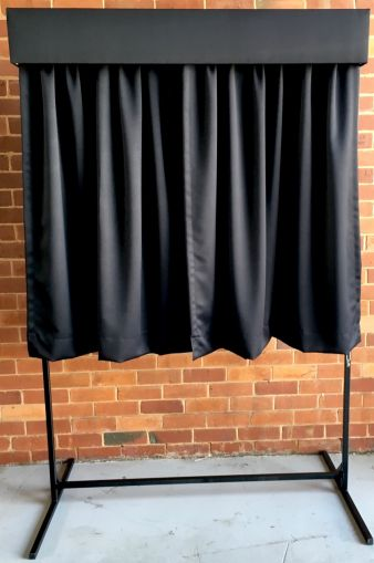 Unveiling curtain hire
